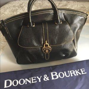 Dooney and Bourke Satchel bag